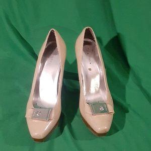 Calvin klein sz 8 nude heels
